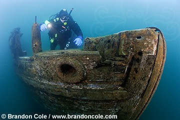 pn0035-D. scuba diver (model released) explores the bow of the Bermuda in only 15 feet of water. Alger Underwater Preserve. Lake Superior. Upper Peninsula. Michigan. USA.